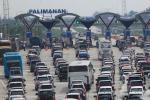 Antrean Kendaraan Gerbang Tol Cipali 3 Kilometer