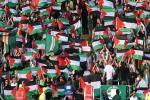 Pendukung Celtic Tolak Sanksi UEFA, Sumbang Palestina