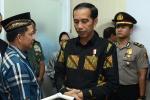 Presiden Jokowi Melayat Ayah Kapolri Tito Karnavian