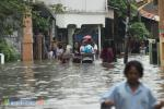 Banjir Bekasi: 2 Meninggal dan 24 Kelurahan Terendam