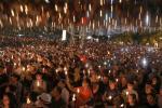 Hong Kong: Menyalakan Lilin Memperingati Tragedi Tiananmen