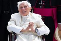 Mantan Paus Benediktus XVI Diberitakan Sakit Parah
