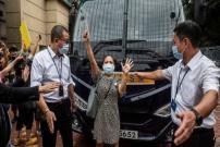 Kerabat Menuntut 12 Orang Hong Kong Yang Ditahan China Dibebaskan