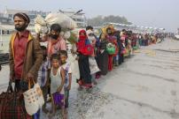 Puluhan Pengungsi Rohingya Terapung-apung di Laut Andaman Tanpa Makanan
