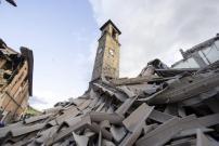 Menara Gereja Teguh Berdiri Saksi Bisu Gempa Italia