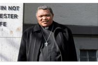 Terbelit Skandal, Uskup di NTT Mundur