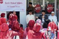 Presiden Luncurkan Program Bank Wakaf Mikro di Serang