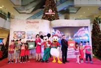 Mickey Mouse dan Donald Duck Meriahkan Natal di Grand Indonesia