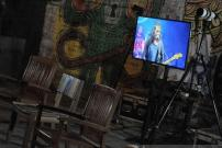 Tips Seru Nonton Konser Live Streaming
