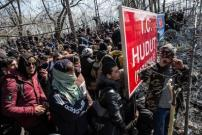 Cegah Penyebaran COVID-19, Turki Pindahkan Imigran dari Perbatasan Yunani