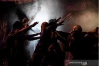 """Teater Koma Mundurkan Jadwal Pentas """"Sampek Engtay"""" akibat Corona"""