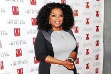 Oprah Tandatangani Perjanjian Produksi dengan Apple