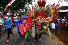 Menteri Pariwisata Ramaikan Tradisi Barong Ider Bumi Banyuwangi