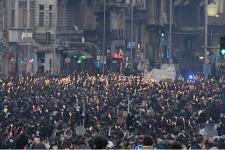 20.000 Perawat Hongaria Protes UU Baru