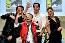 Warner Bros Pamerkan Trailer Film Blockbuster di Comic-Con