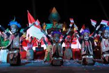 Tarian Simphoni Indonesia Meriahkan Malioboro Night Festival 2016