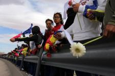 Menteri AS Yakinkan Larangan Imigran Baru Lebih Matang