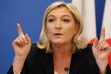 Capres Prancis Batal Bertemu Ulama karena Tak Berkerudung