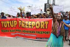 Personel Gabungan Amankan Demo Peduli Freeport