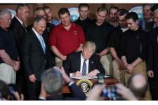 Trump Batalkan Kebijakan Obama Soal Pemanasan Global