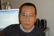 Komite Nobel Tuntut Liu Dibebaskan