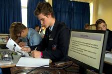 Tak Lagi Berikan Pendidikan Agama, Banyak Sekolah di Inggris Dikritik