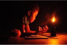 50 Kampung di Papua Masih Gunakan Lampu Pelita