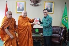 Menag Ajak Rohaniwan Buddha Isi Ruang Publik dengan Pesan Ajaran Agama