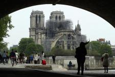 Disney Donasi $ 5 Juta untuk Notre-Dame