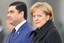 HRW Desak Kanselir Merkel Angkat Kasus HAM Turkmenistan