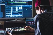 Saatnya Musisi Kreatif Juga Adaptif Dengan Teknologi