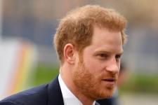 Pangeran Harry Tinggalkan Inggris karena Pers 'Toksik'