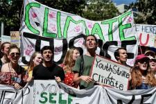 Ratusan Ribu Warga dan Pelajar Australia Protes Perubahan Iklim