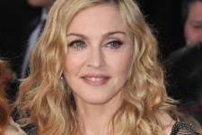 Madonna Sumbang 1 Juta Dolar untuk Temukan Vaksin Corona