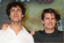 Doug Liman Sutradarai Film Terbaru Tom Cruise dan NASA
