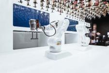 Gaya Hidup Pasca Pandemi, Islandia Gunakan Robot Bartender