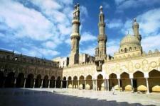 Mesir, Shalat Jumat di Al Azhar Dibatasi, Khotbah Ditayangkan Televisi