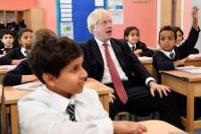 Inggris Akan Buka Sekolah Mulai September