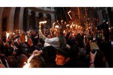 Paskah Kristen Ortodoks, Sebar Api Suci dari Makam Yesus
