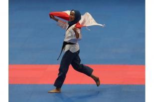 Taekwondoin Defia Raih Emas Pertama untuk Indonesia