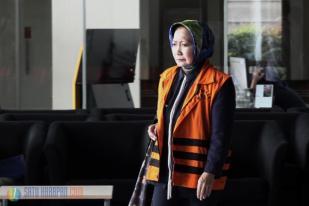 Diperiksa KPK, Wali Kota Cimahi Nonaktif Atty Suharti Bungkam
