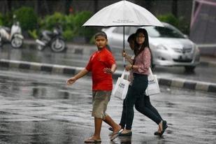 Hujan Lebat Guyur Jakarta, 11 Pintu Air Masih Aman