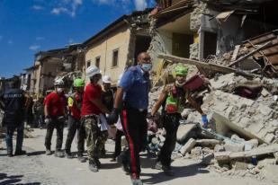Korban Meninggal Gempa Italia Bertambah Jadi 247 Orang
