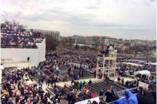 Hujan Gerimis Bayangi Inaugurasi Donald Trump