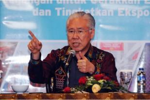 Enggartiasto Lukita Bantah Keluarkan Izin Impor Cabai