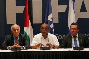Ofisial Sepak Bola Palestina dan Israel Terlibat Perbincangan 'Panas'