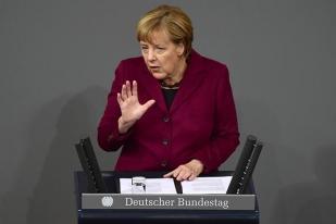 Merkel Tolak Permintaan PM Inggris Terkait Perundingan Paralel