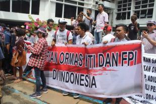 Uskup Jayapura Ikut Aksi Solidaritas Ahok Dipertanyakan