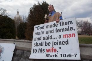 Survei: Dukungan terhadap Pernikahan Sesama Jenis Menguat