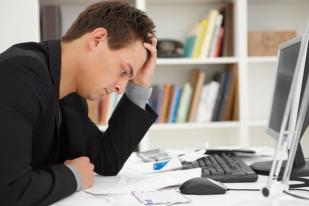 Terlalu Banyak Bekerja dan Kurang Tidur Timbulkan Efek Mengkhawatirkan